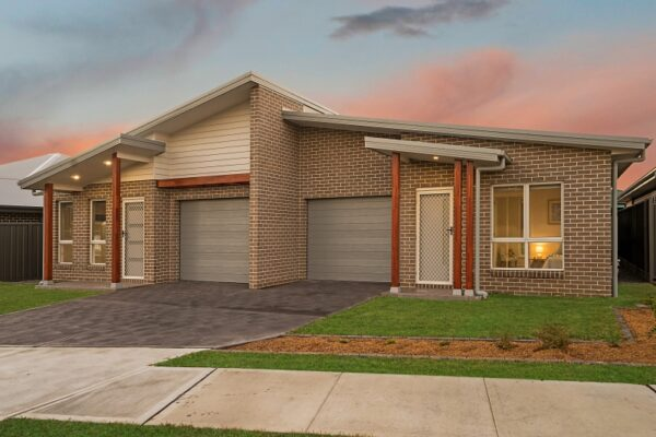 Valley Homes duplex Wadalba builder