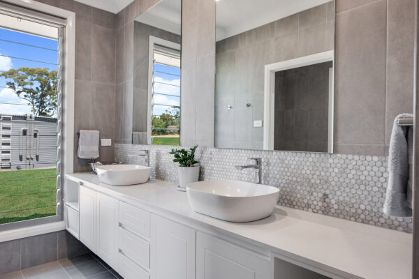 Acreage build Joseph House Valley Homes bathroom